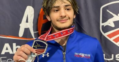 tim-morehouse-fencing-club-fencer-nickoloz-lortikipanidze-wins-gold-at-the-junior-olympics-–-daily-local-news