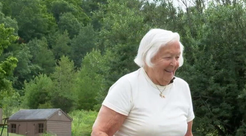 windham-community-rallies-to-help-93-year-old-woman-in-need-of-home-care-–-wgme