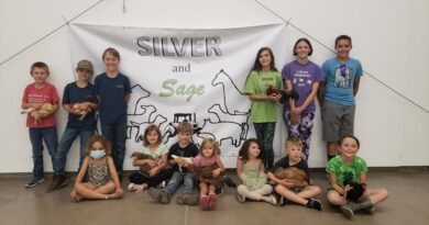 carson-cluckers-prepare-for-silver-and-sage-fair-–-carson-now