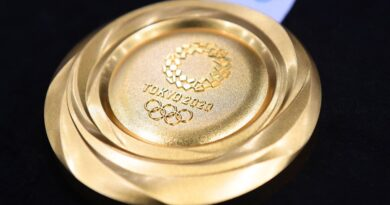 this-year's-olympic-gold-medal-is-worth-$820-(plus-whatever-you-spent-to-get-there)-–-nbc-new-york