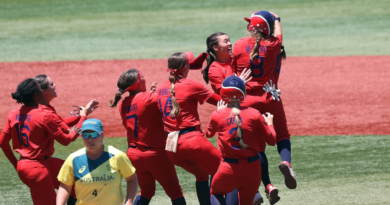 2020-tokyo-olympics:-team-usa-softball-to-face-japan-in-gold-medal-game-after-walk-off-win-vs.-australia-–-cbs-sports