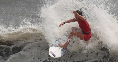 usa's-carissa-moore-surfs-into-inaugural-olympic-gold-medal-matchup-–-nbc-olympics