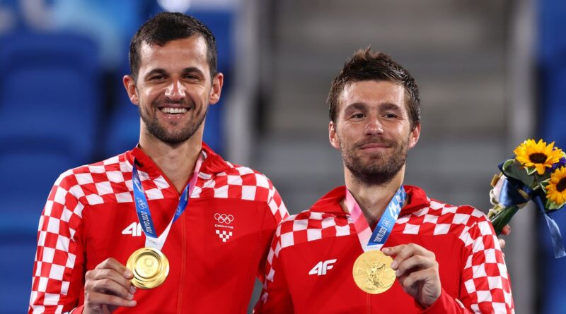 tennis-mektic-and-pavic-win-first-tennis-gold-for-croatia-–-reuters