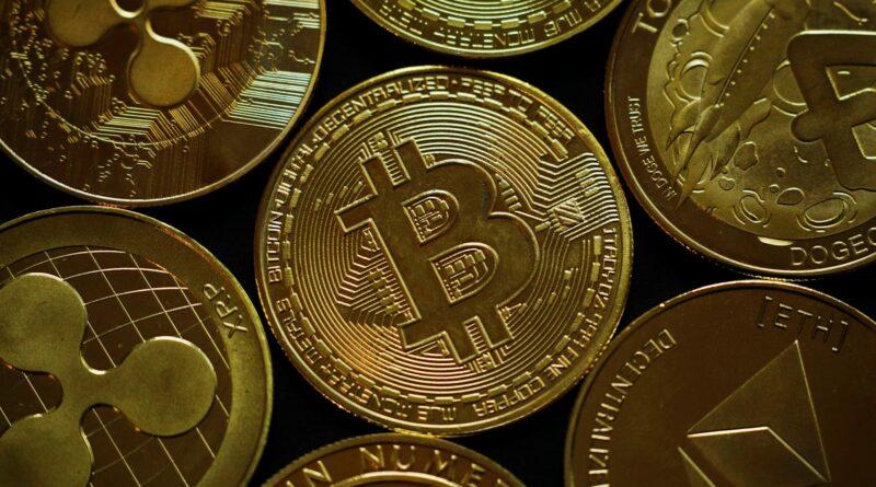 bitcoin's-terminal-value-is-really-$700,000:-crypto-investor-–-yahoo-finance
