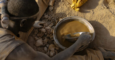 report:-criminals-in-central-africa-profit-from-new-surge-in-gold-prices-–-occrp