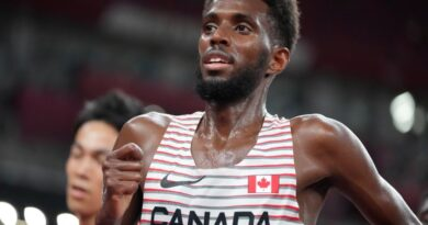 canada's-mohammed-ahmed-wins-silver-in-5,000-metre-race-at-olympics-–-global-news