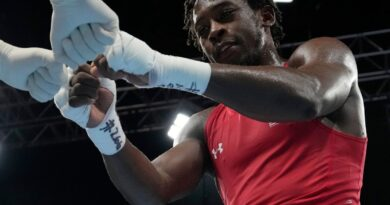 keyshawn-davis-wins-silver-in-boxing-–-nbc-chicago