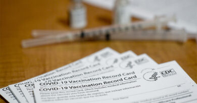 nursing-aides-with-direct-resident-contact-least-likely-to-be-vaccinated-–-aarp