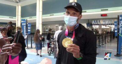 canadian-sprinter-andre-de-grasse-brings-new-gold-medal-home-to-jacksonville-–-wjxt-news4jax