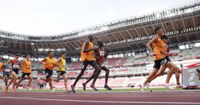 paralympics:-japan's-karasawa,-wada-win-silver,-bronze-in-men's-t11-5,000m-–-kyodo-news-plus